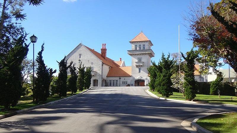 Conheca o Palacio Boa Vista em Campos do Jordao