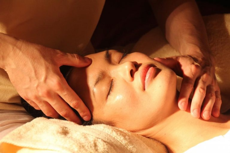 massage wellness japanese acupressure pressure points traditional chinese medicine face hands 1206142